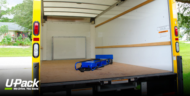 m Moving Truck - 36 cubic mtrs. 36m3 Moving Truck with Lifter. 6 speed manual, diesel minimum