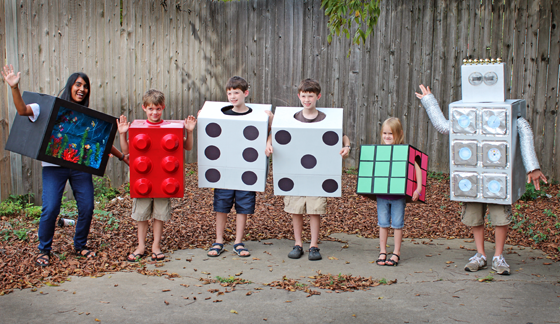 halloween-costumes-made-from-boxes.png