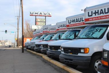 what is the largest U-Haul truck?